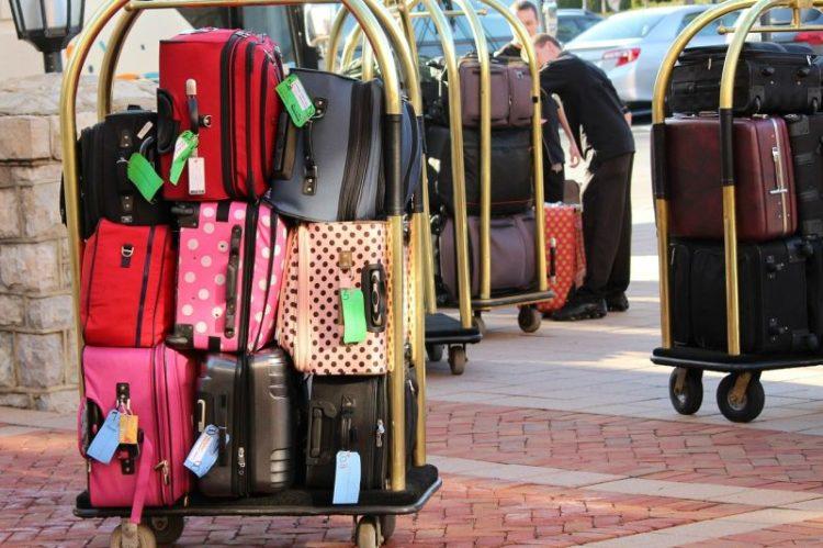 bellman-luggage-cart-104031_1280-750x499